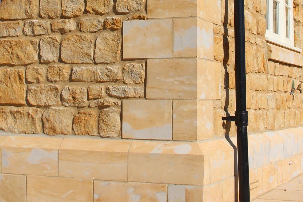 Sherborne Stone ashlar corner detail